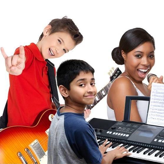 kids playing music at Greenwich Arts Academy