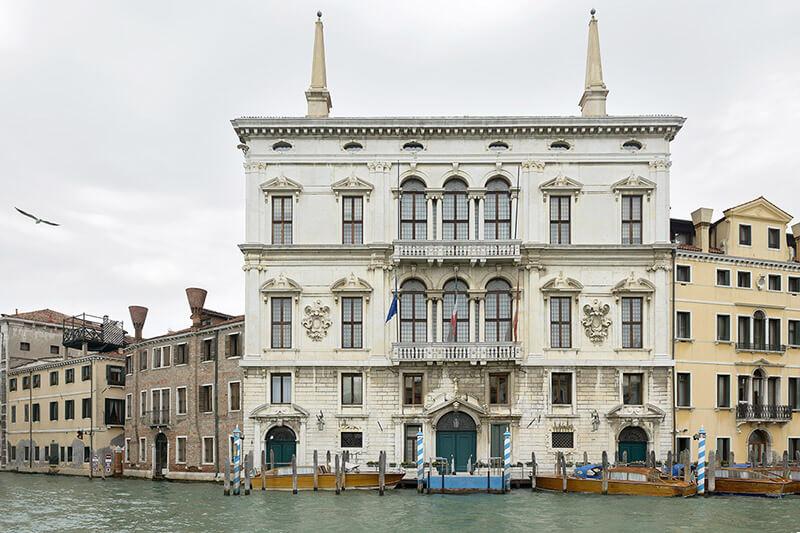 Luxurious Palazzo Balbi