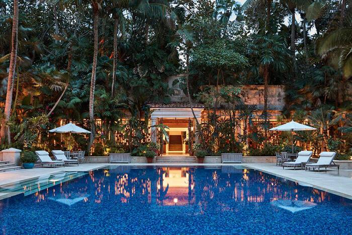 Gemini Estate Luxury Pool
