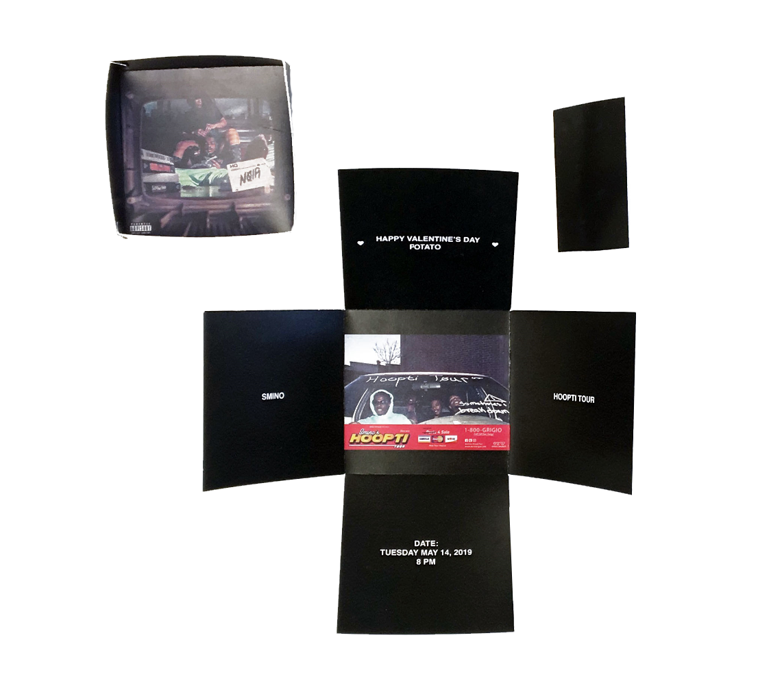 Ci - Smino: Box open with lid and mini booklet.