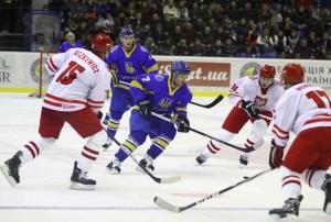 043878620-ice-hockey-game-ukraine-vs-pol (1)-min
