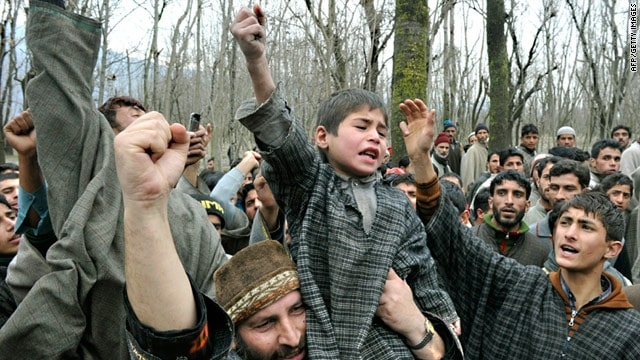 People Protesting in Kashmir