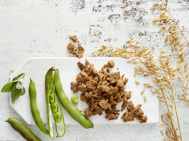 Ingredients for making the ecological food pulled oats