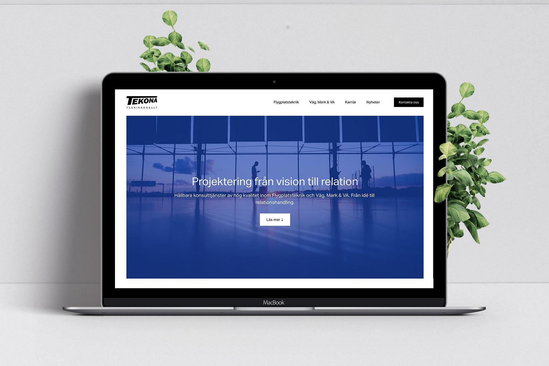 Dator med företagshemsidan - Kontorswebben.