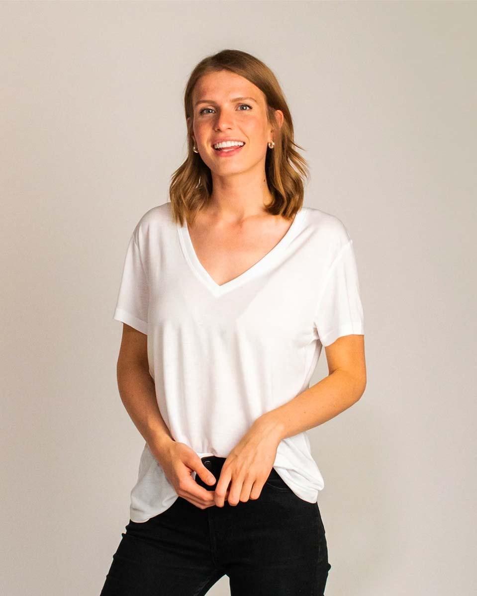 Honest Basics — Womens v-neck t-shirt