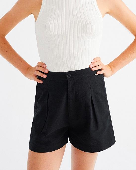 Thinking MU — Narciso shorts