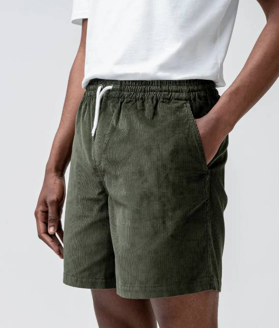 Isto — Corduroy shorts