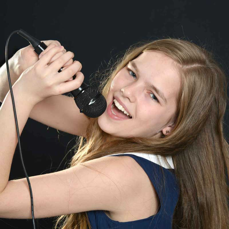 voice and singing lessons near me for kids and adults in Cape Coral FL