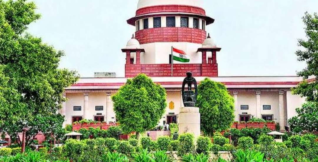 OPPOSITE PARTY BEING A RIVAL PARTY NOT A REASON TO DISMISS A PLEA: SC