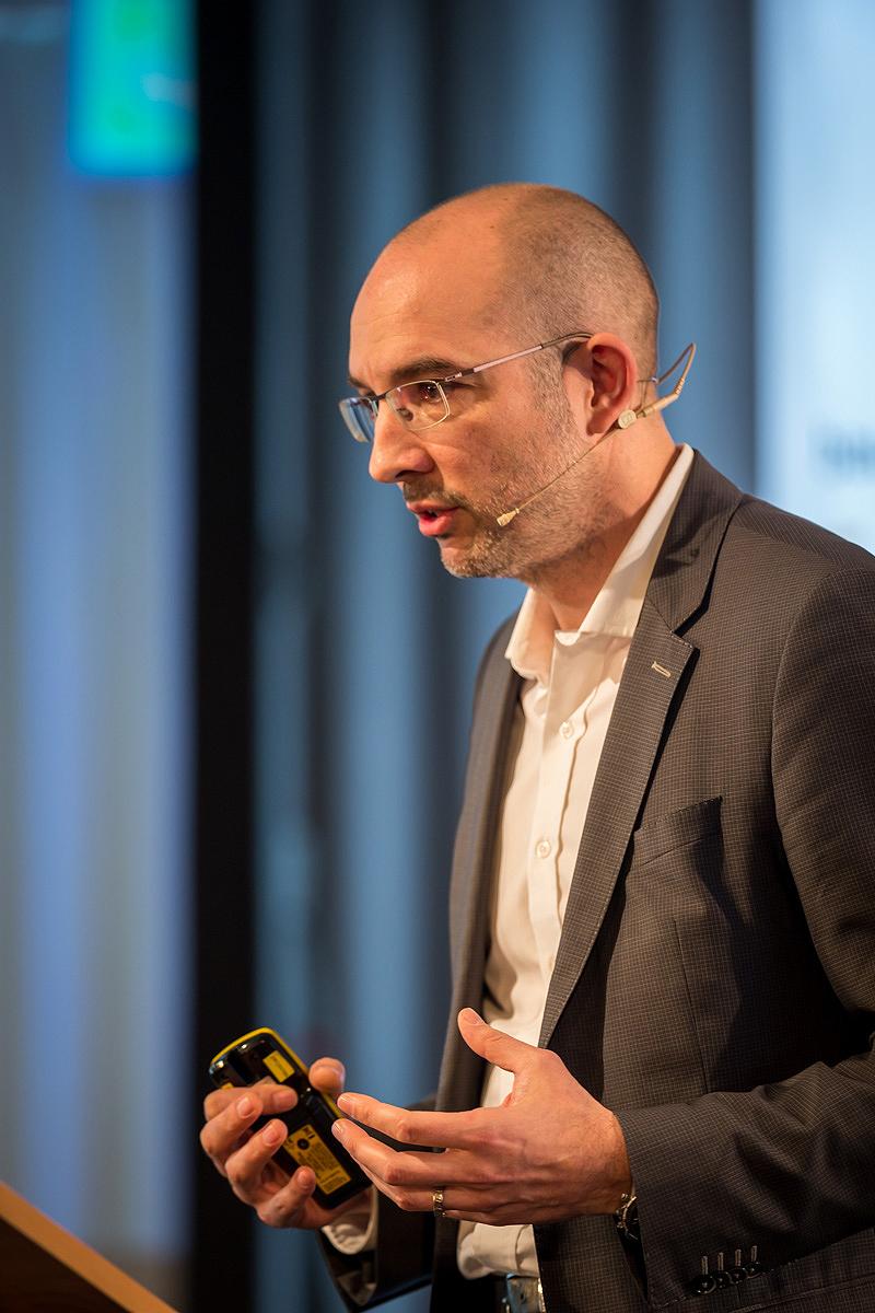 Daniel Pfanner B+G beim Fassaden Kongress/ HTCO -Vortrag Strömungssimulation für Architekten und Gebäudeplaner