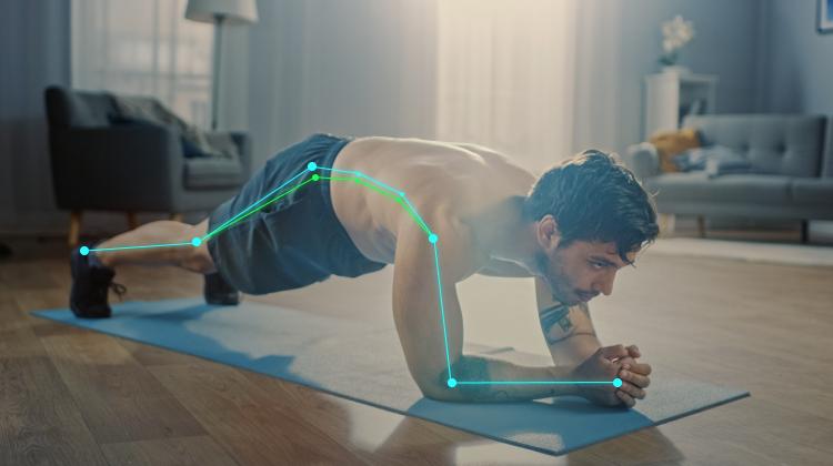 Man Doing Crisscross Crunch Exercises with AI Coach