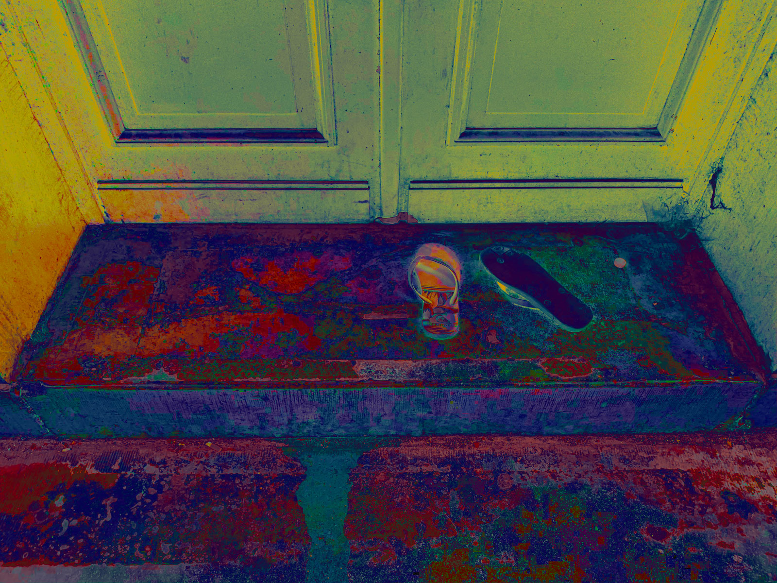 Lost & Found - Pimped Garbage 05 • 70 x 52.5 cm (27.56 x 20.67 in)