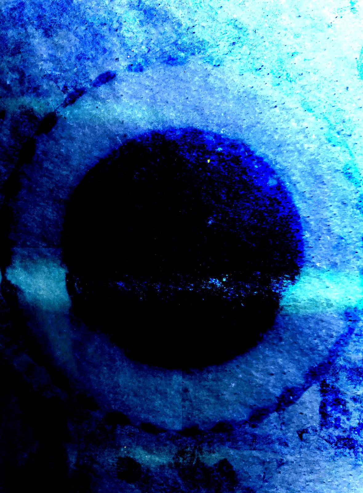 Elemental Frost N04 - Gate • 90 x 122 cm (35.43 x 48.03 in)