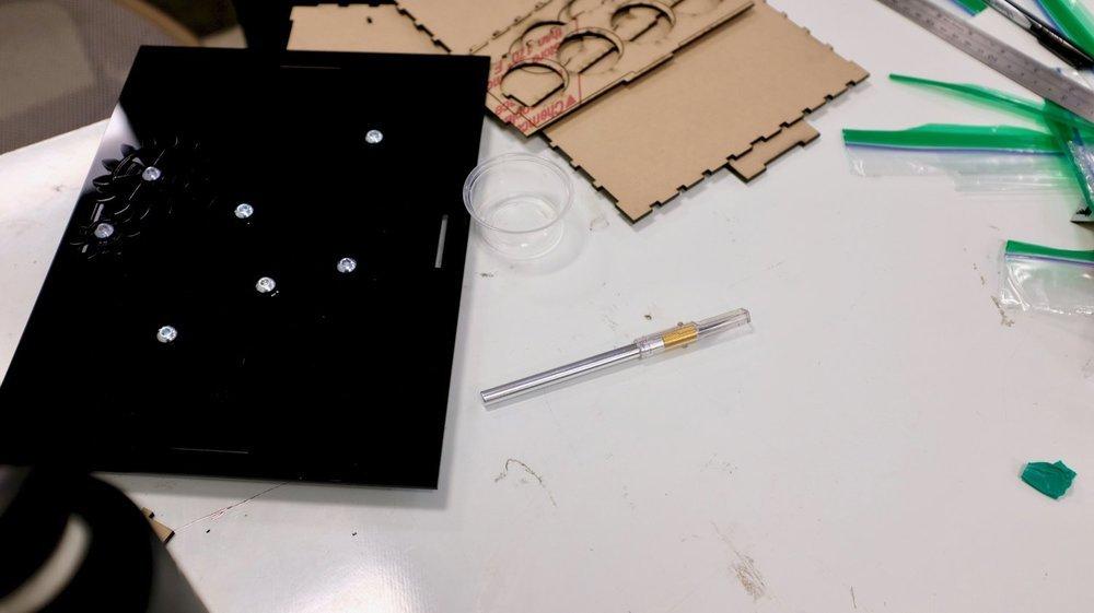 Assembled top of box.