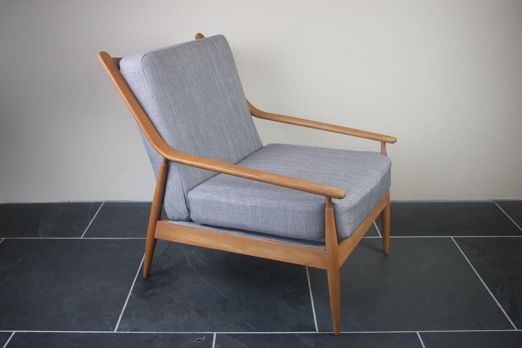 Scandart Elm Lounge Chair