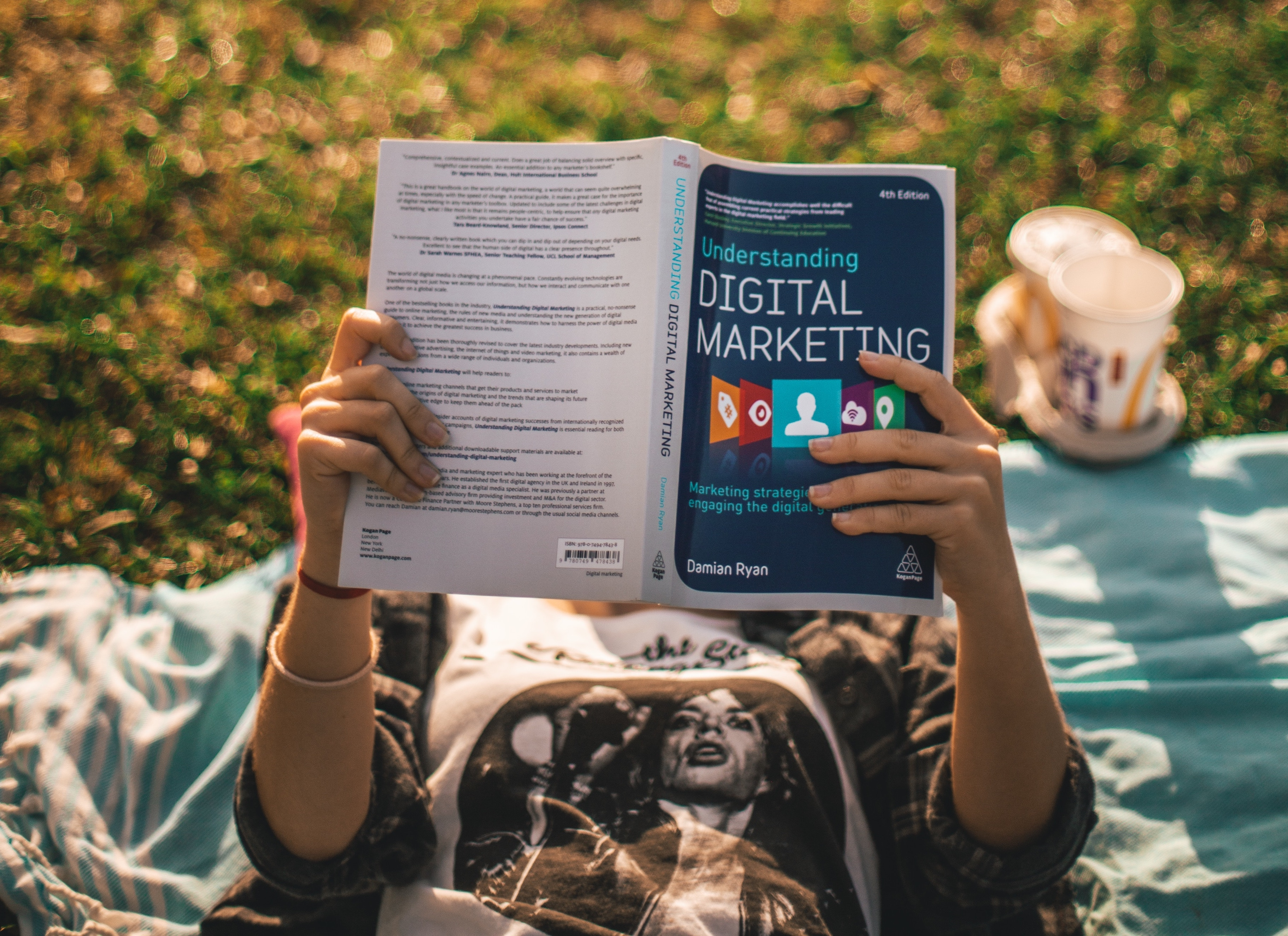 Why Every Recruiter Needs To Take A Digital Marketing Course