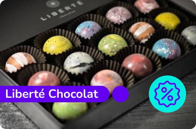 Tu día merece una pausa, hazla feliz con MACH y Liberté Chocolat.