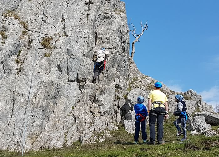 You can't beat a bit of climbing outside on limestone and in the sun!! :-)