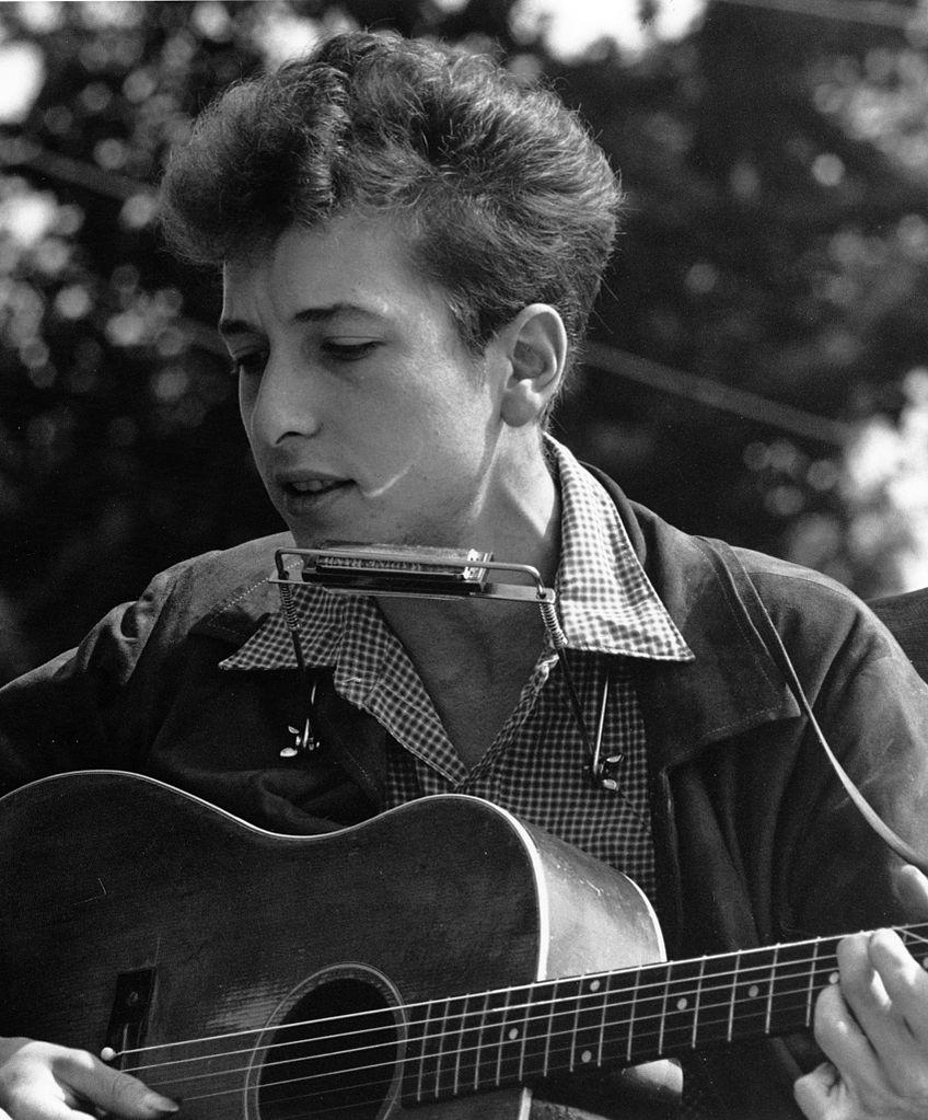 Chanteur guitare musique Bob Dylan Highway Revisited
