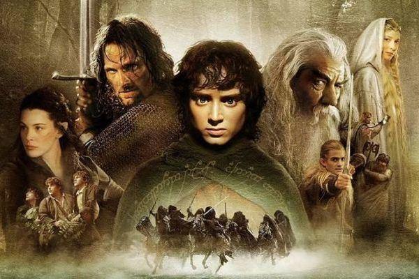 Affiche film Tolkien inspiration résurrection Gandalf Le Seigneur des Anneaux