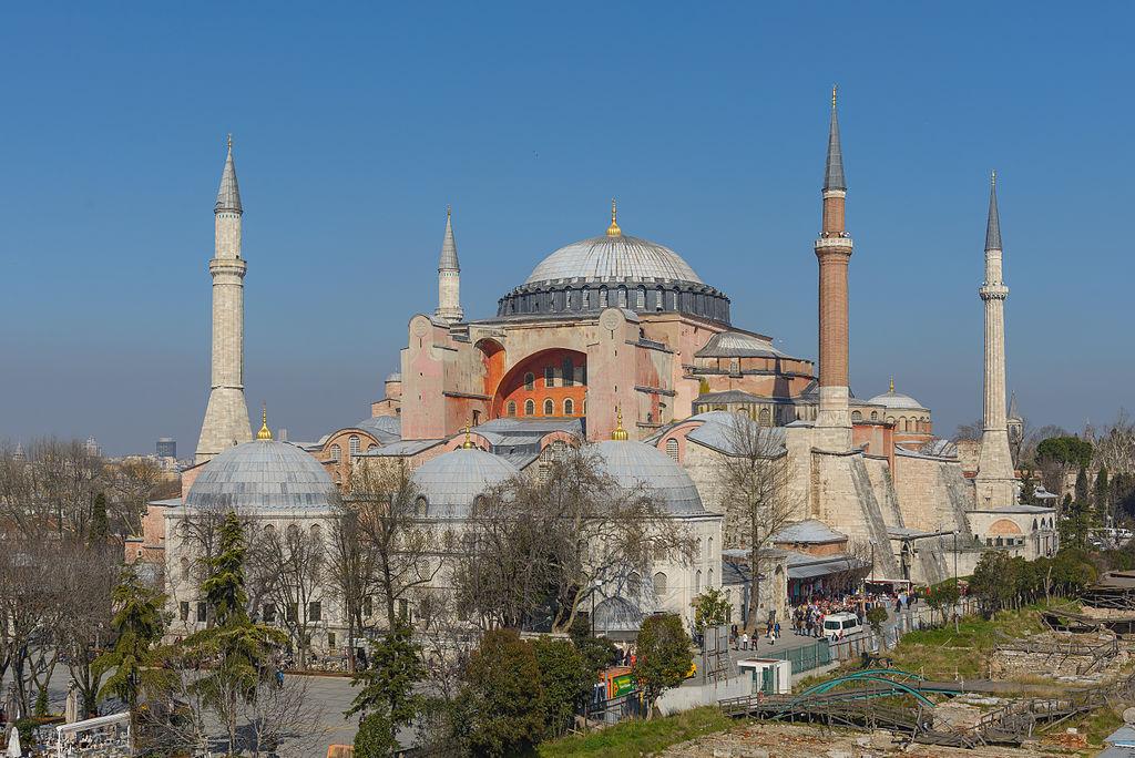 basilique sainte sophie istanbul constantinople 4 tours ciel bleu