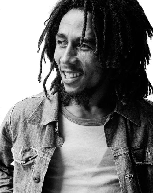 Chanteur Holy Mount Zion Jamming Bob Marley