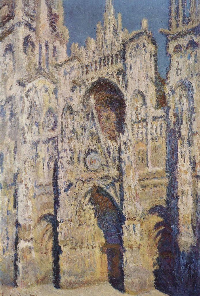 cathédrale beige ciel bleu ombres