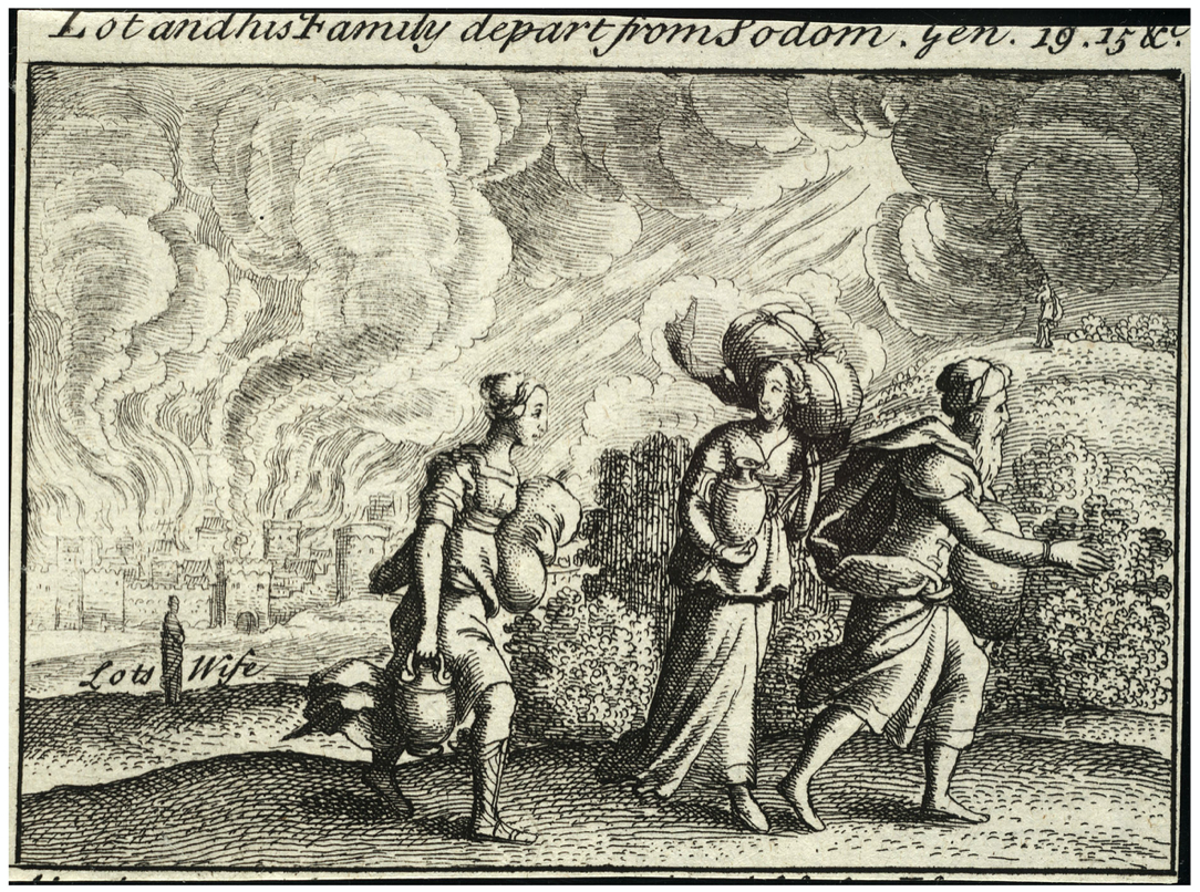 trois personnes marchent sacs fumée