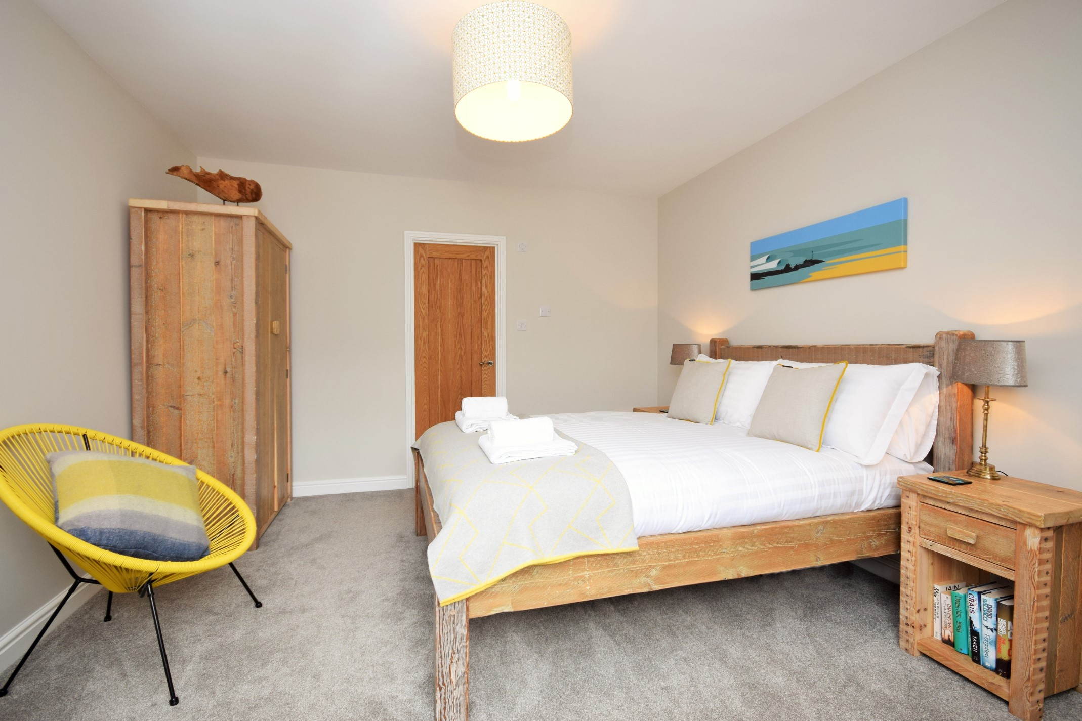 King size bedroom in Gwelmor dog-friendly holiday in Widemouth Bay, northCornwall