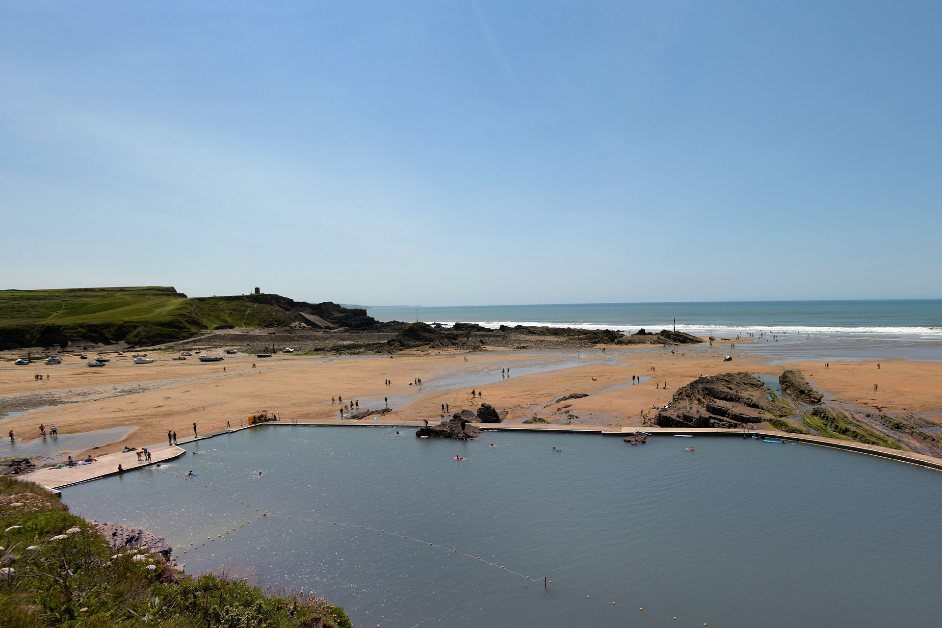 Take a dip in Bude sea pool on Summerlease beach