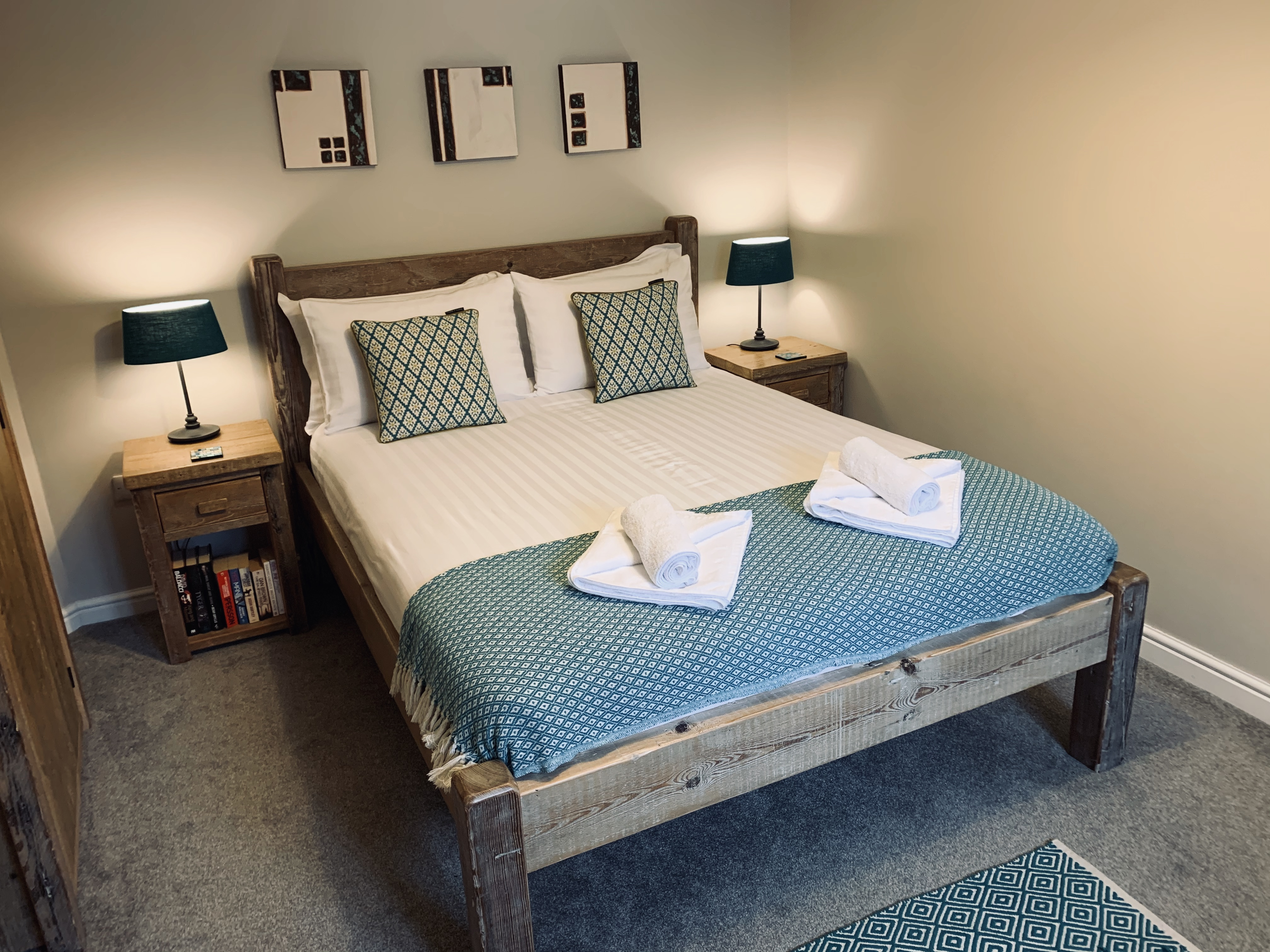 The second king size bedroom ready for new guests at Gwelmor in Widemouth Bay