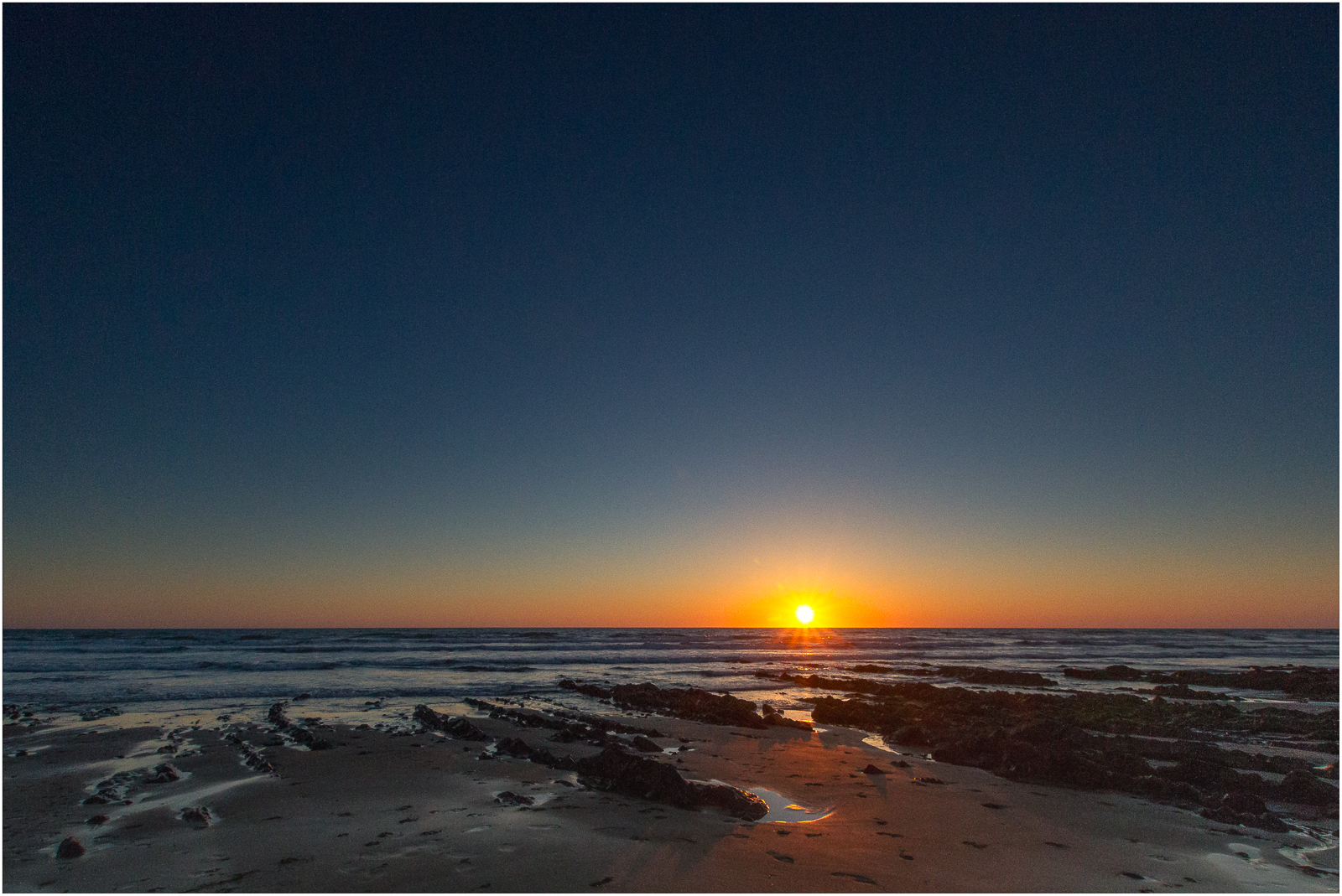 A stunning shot as the sun sets on Widemouth Bay beach is captured by a guest at Gwelmor self-catering and dog-friendly holiday cottage in north Cornwall