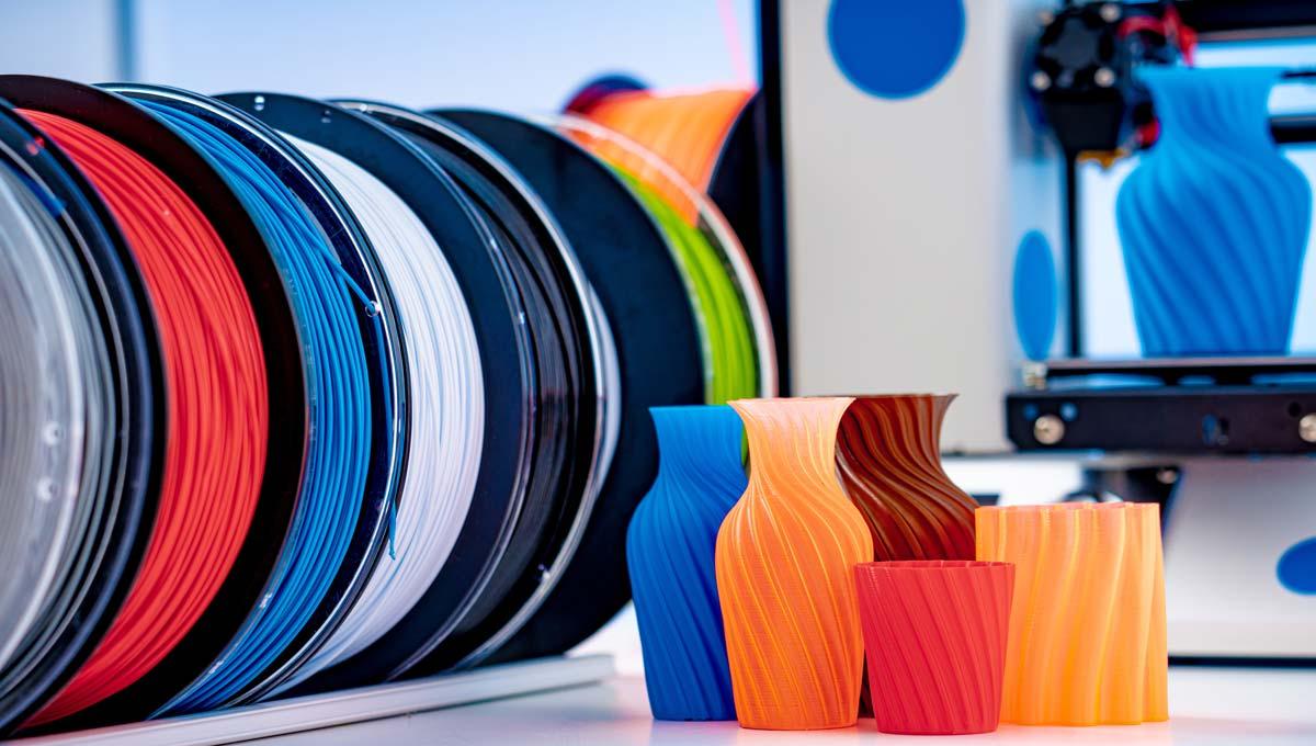 PETG vs. PLA: Main Pros & Cons of Both | 3D Printing Spot