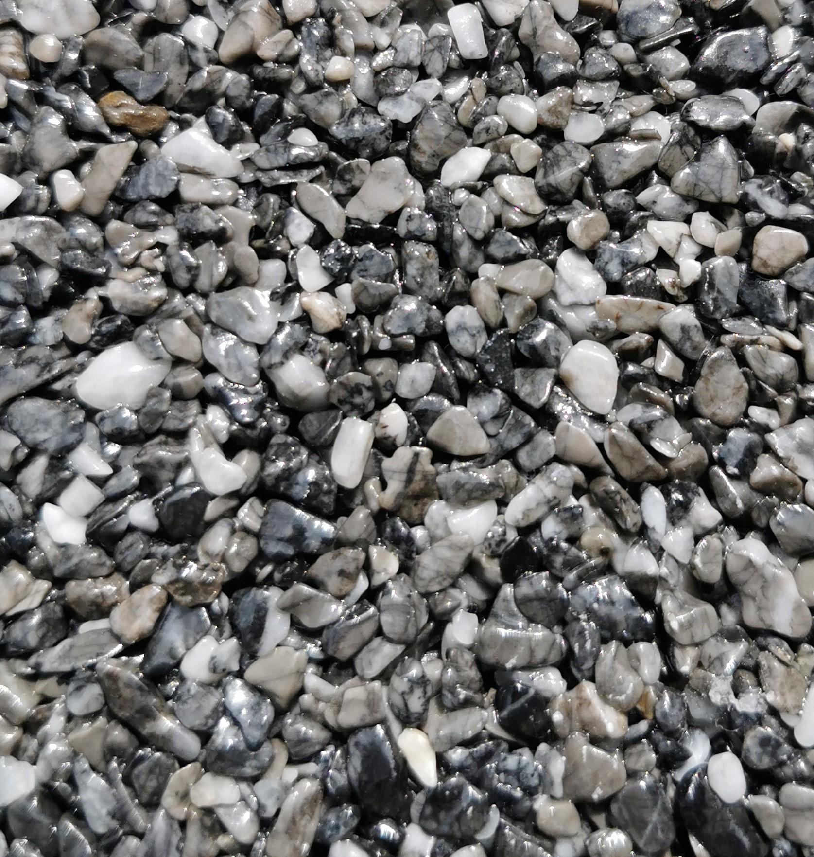 Ein grau-braunes Steinteppich-Muster