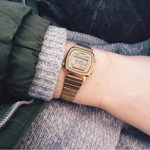Đồng hồ Casio vàng LA670 - thiết kế dành riêng cho các quý cô thanh lịch
