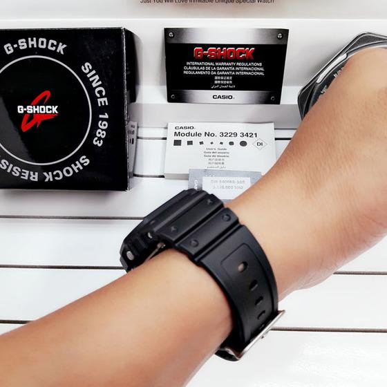 Vẻ đẹp đủa đồng hồ Casio G-shock DW-5600BB-1DR