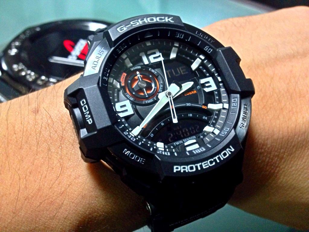 Đồng hồ Casio G-shock GA-1000-1ADR - hớp hồn từ cái nhìn đầu tiên