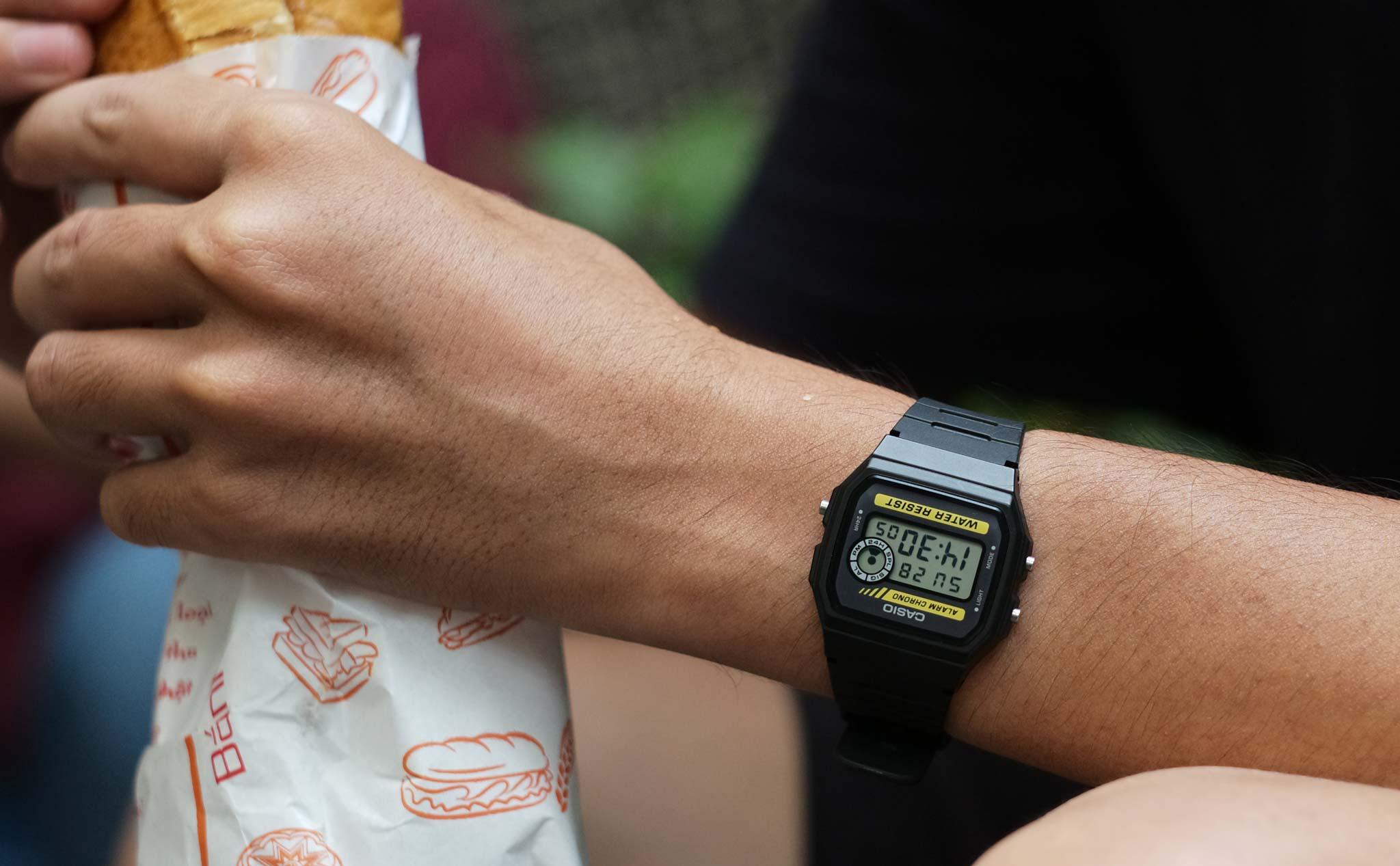Thiết kế của đồng hồ Casio F-94W