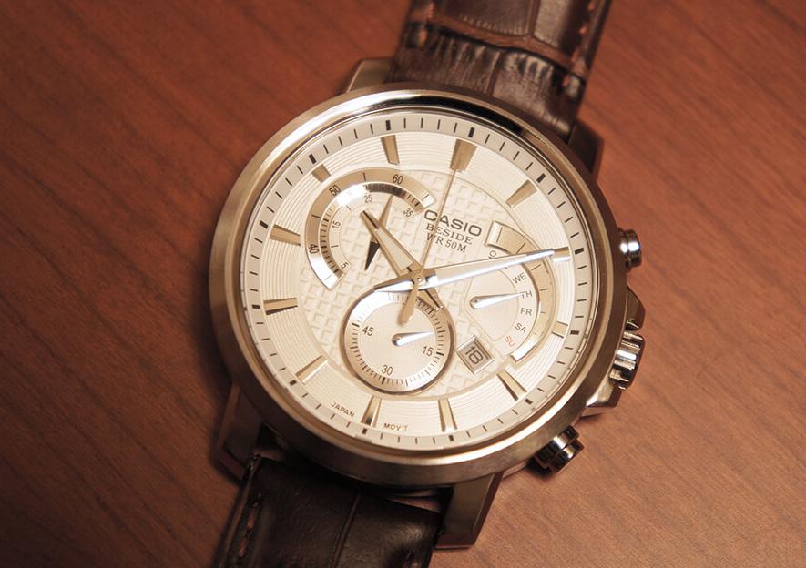 Đồng hồ Casio Beside gây ấn tượng với vẻ đẹp hiện đại