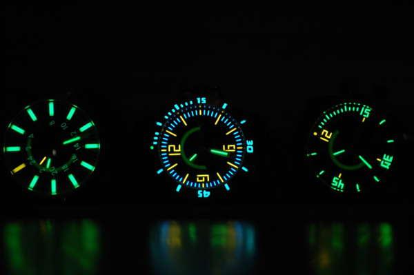 Đồng hồ Casio dạ quang tỏa sáng giữa màn đêm