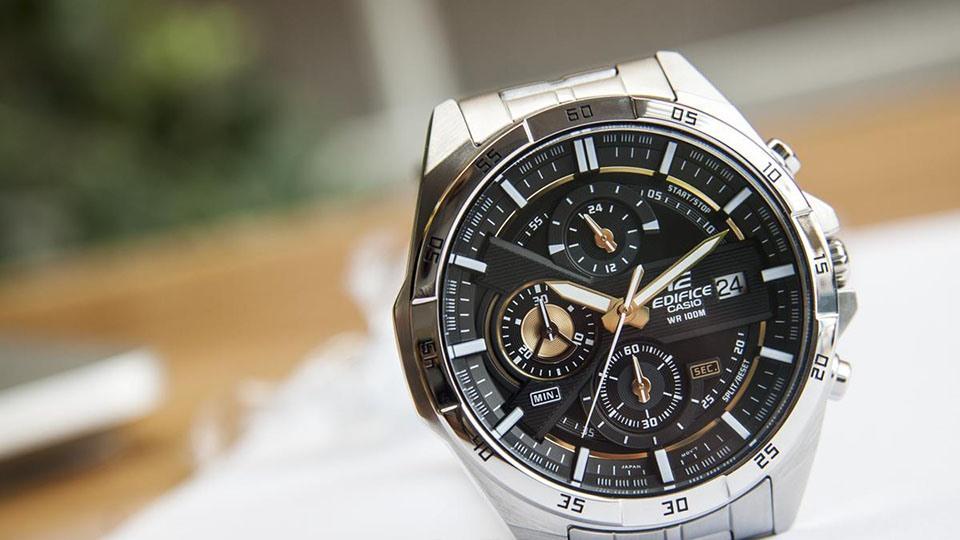 Khám phá đồng hồ Edifice Casio WR100m
