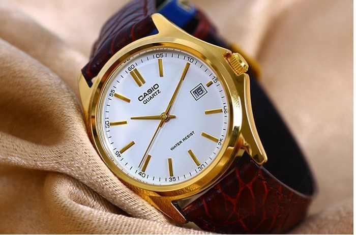 Casio MTP-V003GL-7AUDF: Chiếc đồng hồ vàng thanh lịch, giá cả phải chăng