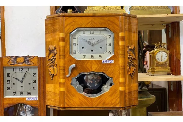Đồng hồ cổ thương hiệu VEDETTE
