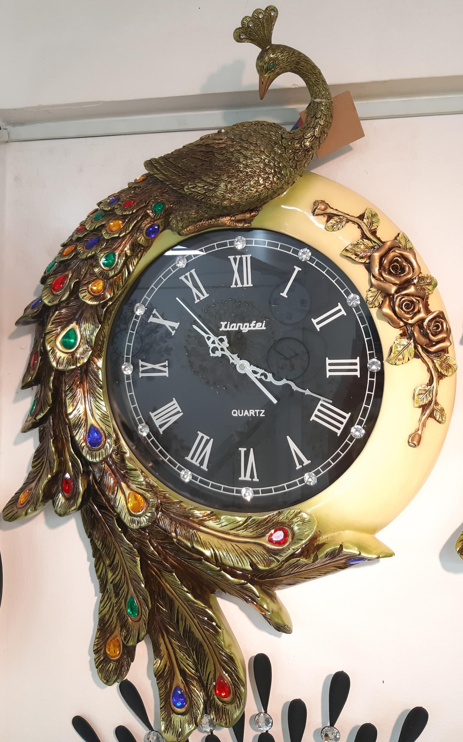 Đồng hồ treo tường con công hoàng gia xanh