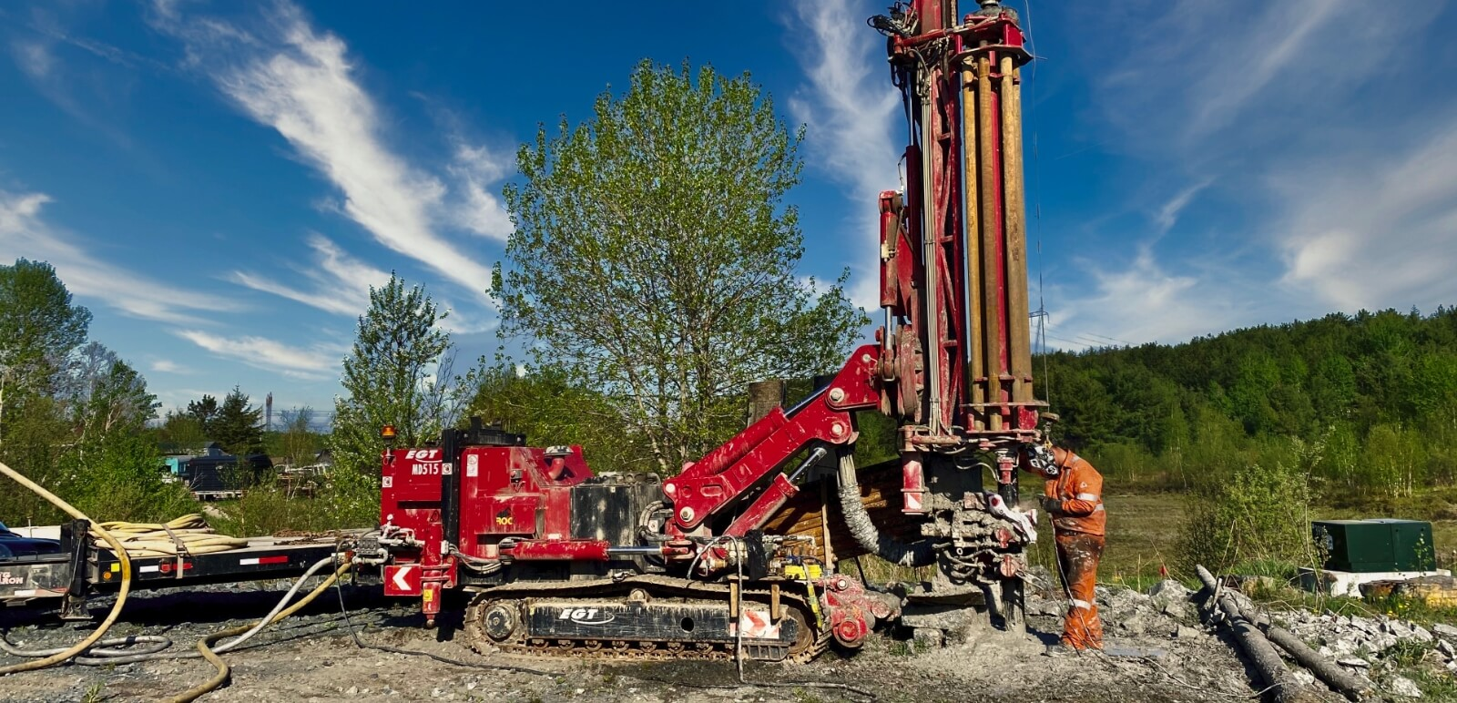 Monitoring well being installed by Rhude Well Drilling.