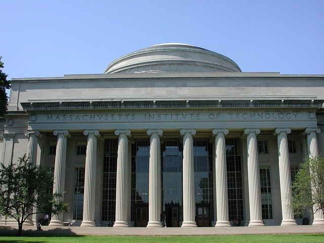 How to Get Into MIT Sloan School of Management
