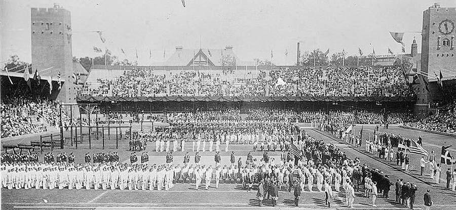 Celebrando los Olímpicos de 1912.