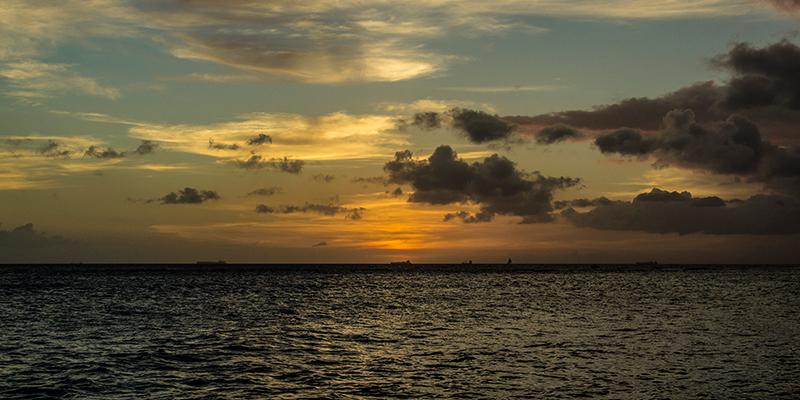 Sol, Playa y Colonialismo