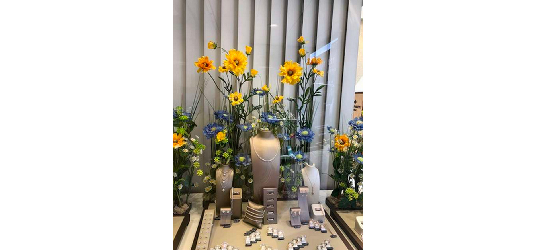 Jewellery displays with flowers