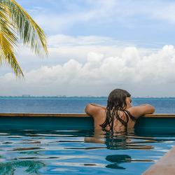 Nómadas Isla Mujeres Hotel & Beach Club